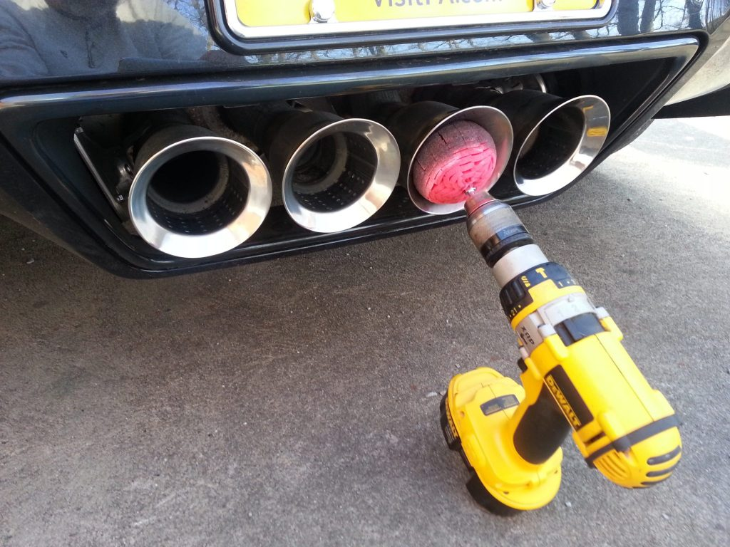 Cleaning exhaust tips