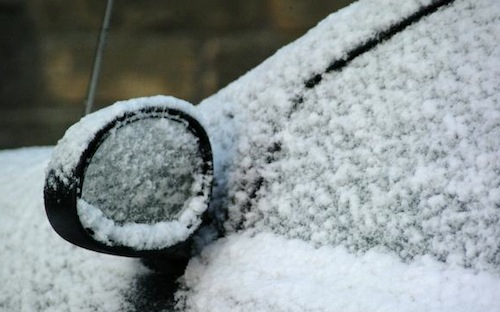 How to wash a car in winter