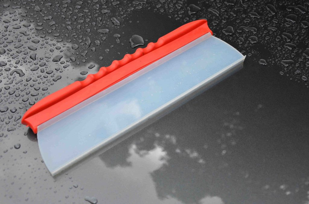 Drying blade squeegee